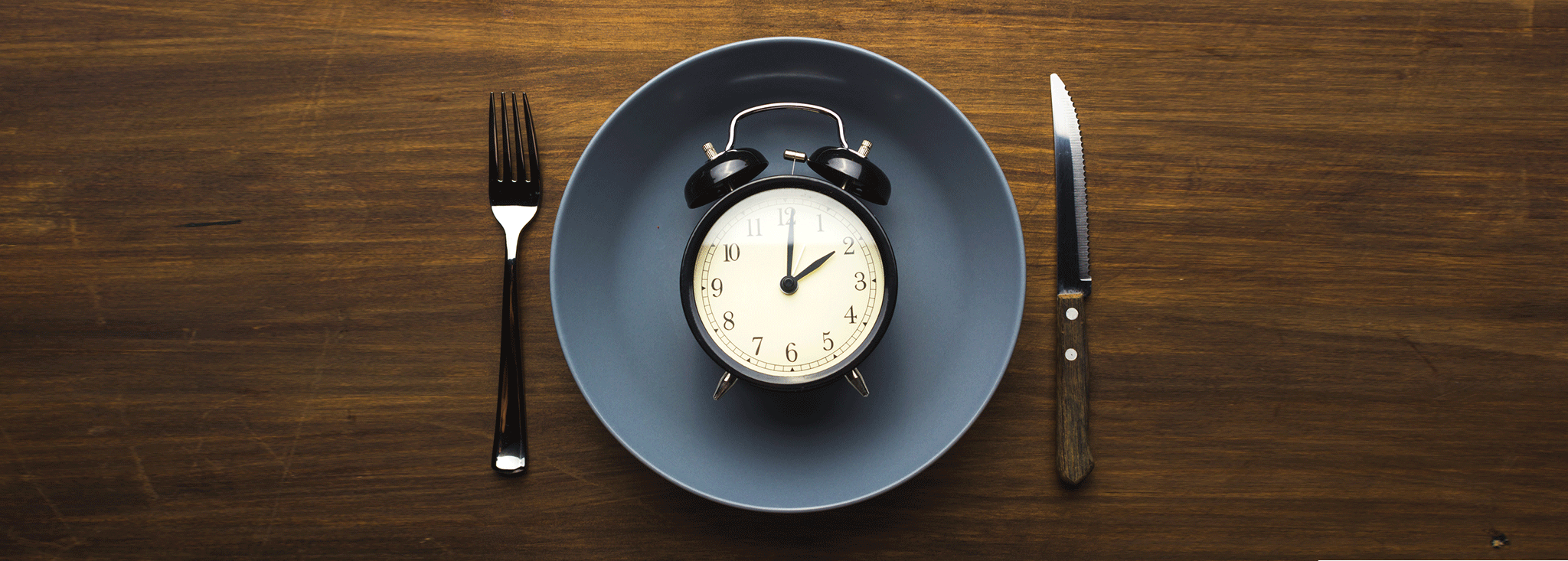 INTERMITTENT FASTING VS DAILY CALORIC RESTRICTION, WHICH IS BETTER?